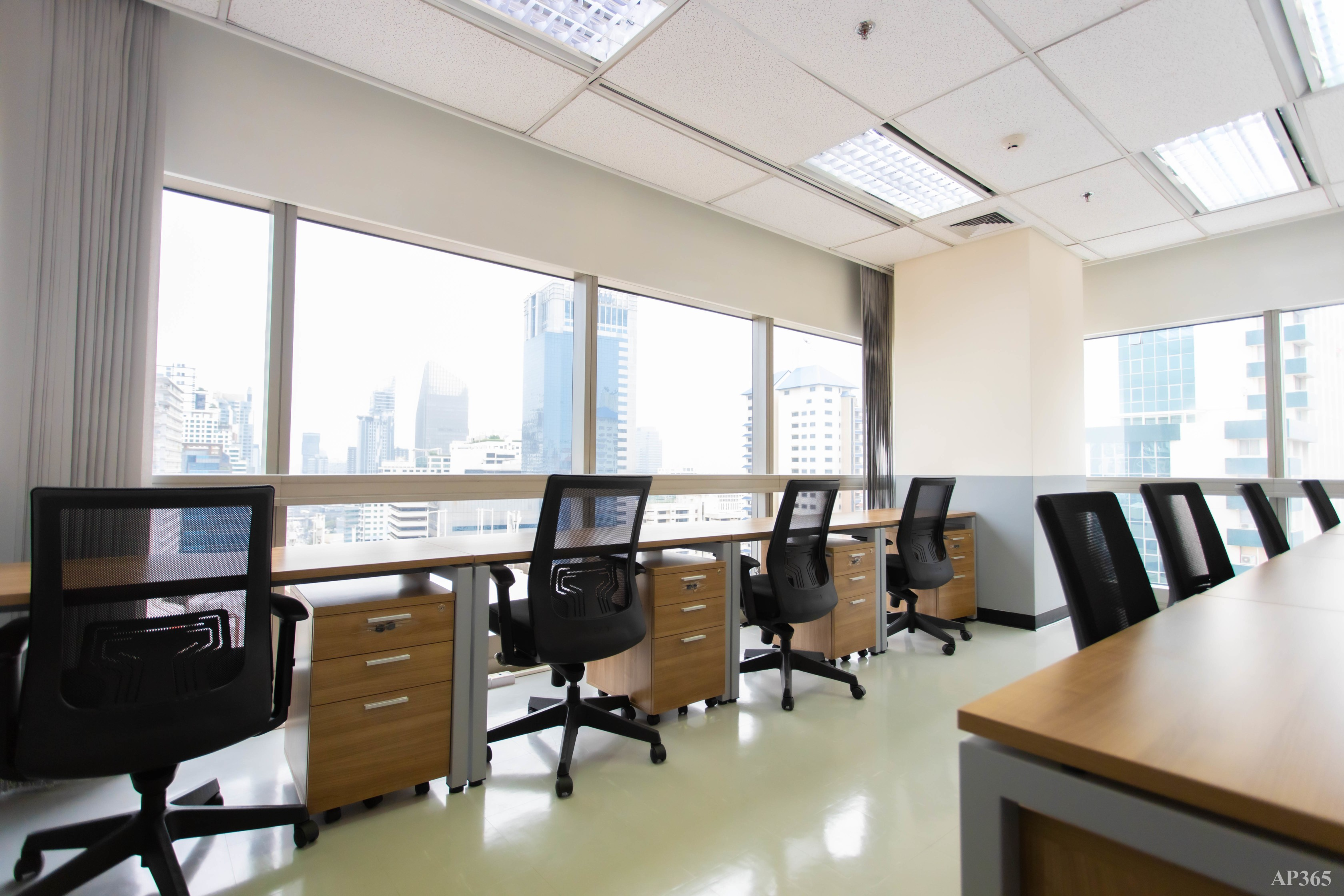SHINEI Serviced Office & Co-working Space - 2