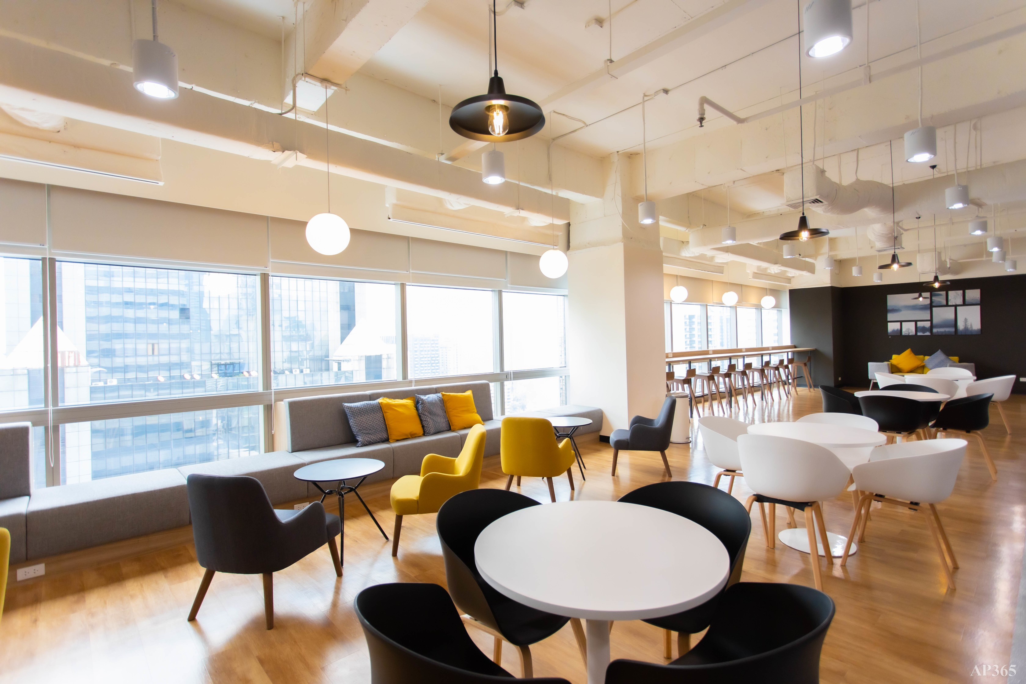 SHINEI Serviced Office & Co-working Space - 3