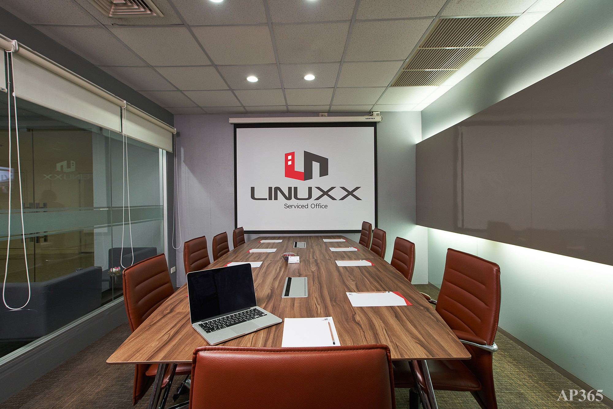 Linuxx Serviced Office - President Tower 11th Fl. (Room Atlantic) - 2